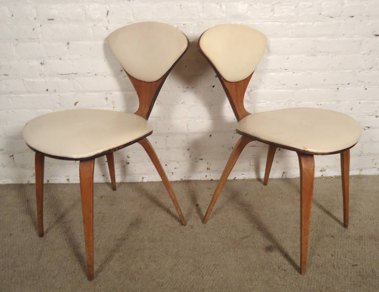 pair of norman cherner chairs by plycraft 3