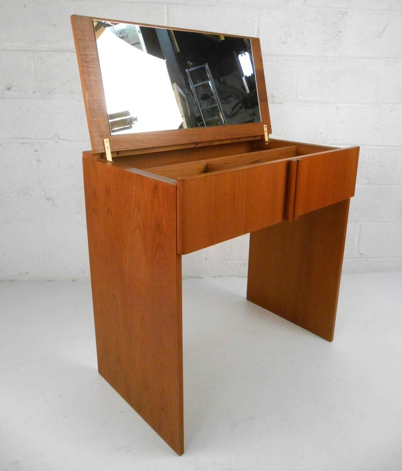 Mid Century Modern Danish Teak Vanity Dressing Table By Vinde