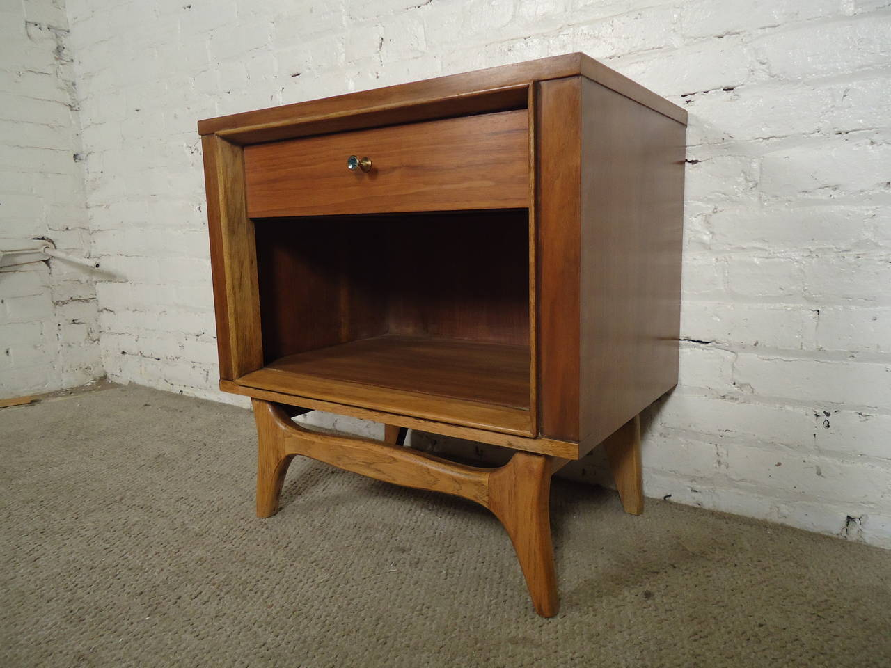 Mid century modern nightstand by kent coffey 3
