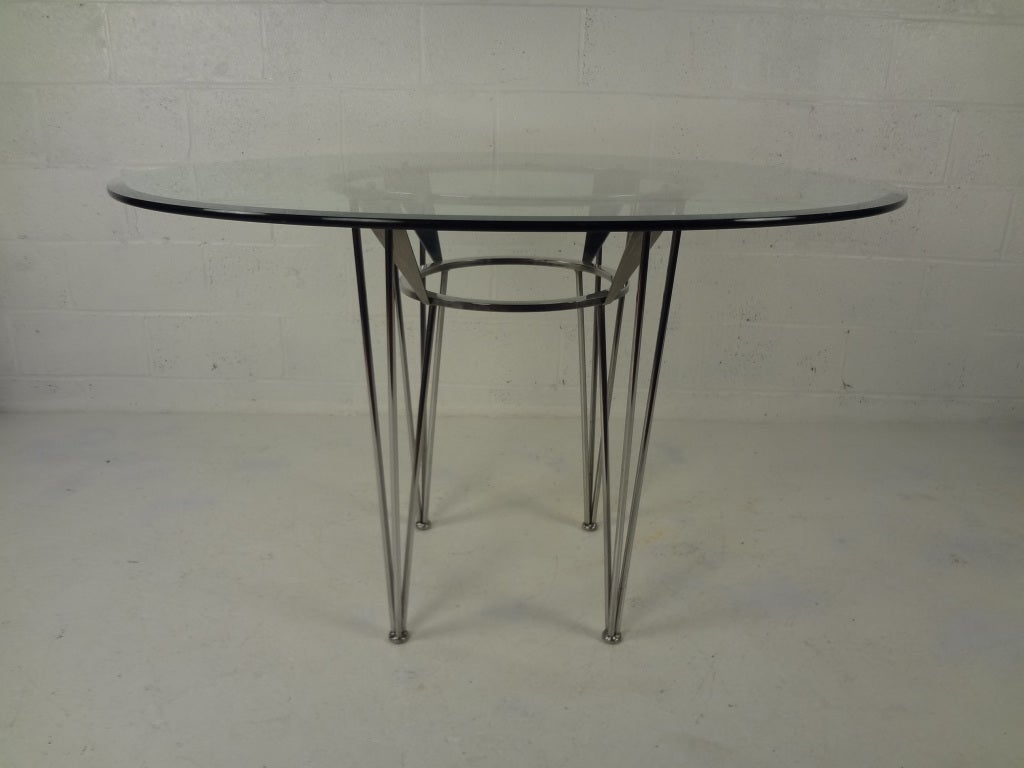 70s Retro Glass and Chrome Dining Table and Chairs at 1stdibs : 921813364113594 from www.1stdibs.com size 1024 x 768 jpeg 57kB