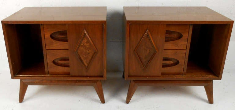 Pair of Unique Mid-Century Walnut Nightstands For Sale at 1stdibs