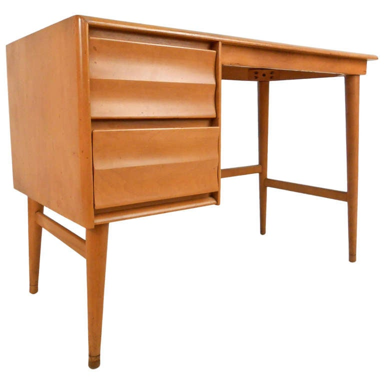 Heywood wakefield student desk at 1stdibs for Table student