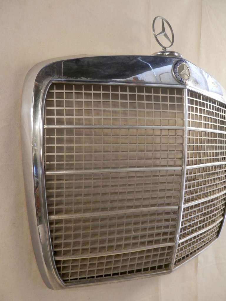 Classic Mercedes-Benz Grill For Sale at 1stdibs