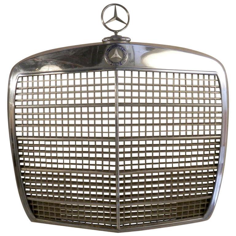 Classic mercedes benz grill at 1stdibs for Mercedes benz custom grills