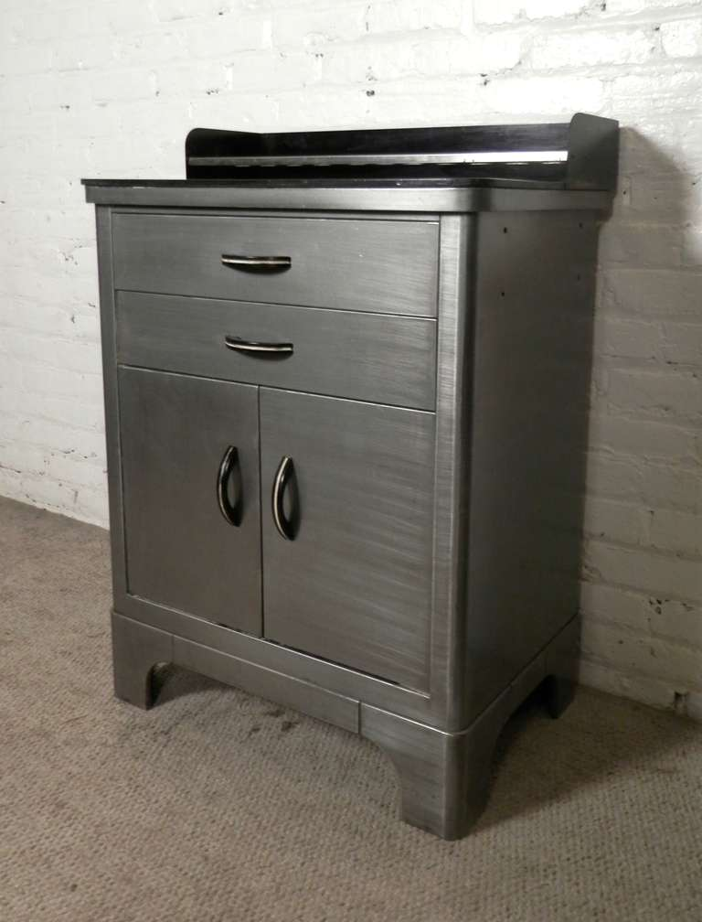 Are Metal Kitchen Cabinets Considered Mid Century Modern