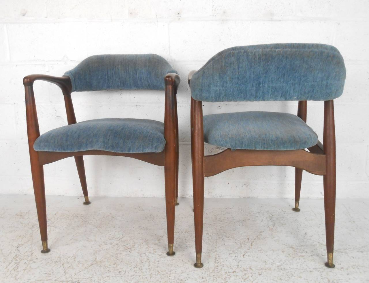 Set of unique mid century modern walnut dining chairs at for Unusual dining furniture
