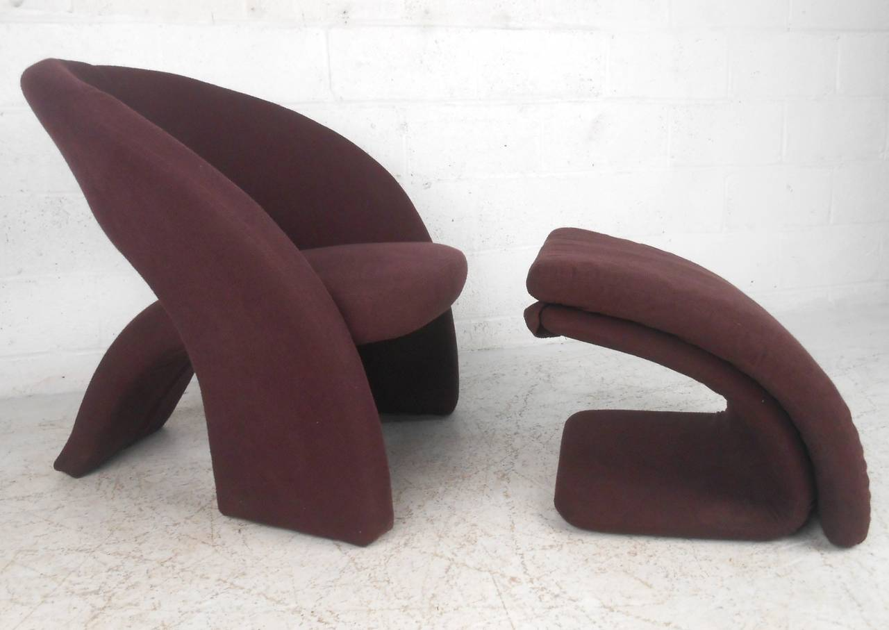 Mid Century Modern Sculptural Lounge Chair with Ottoman For Sale at 1stdibs