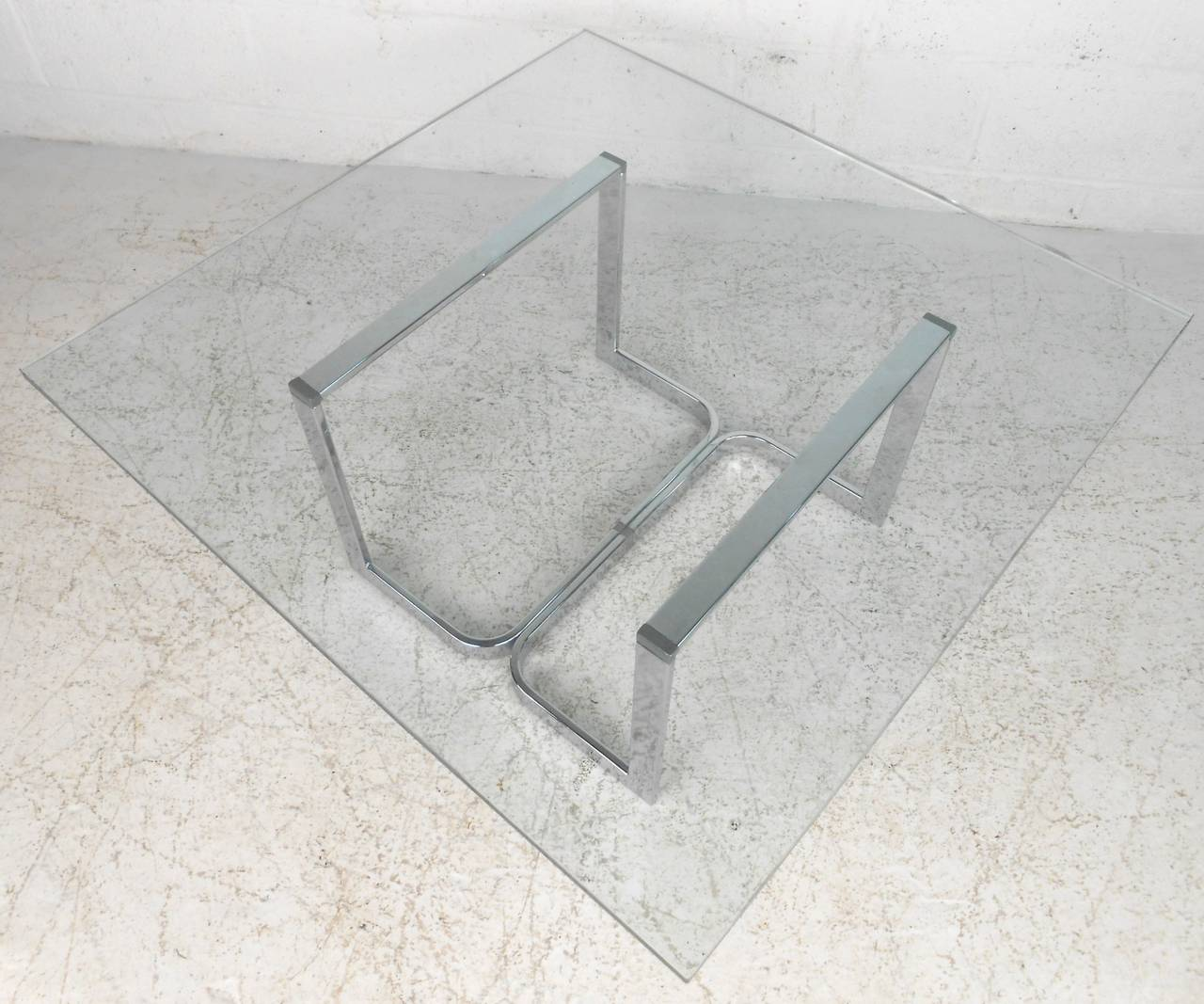 Mid-20th Century Vintage Modern Chrome and Glass Coffee Table For Sale