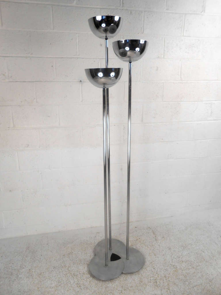 unique mid century floor lamp for sale at 1stdibs. Black Bedroom Furniture Sets. Home Design Ideas