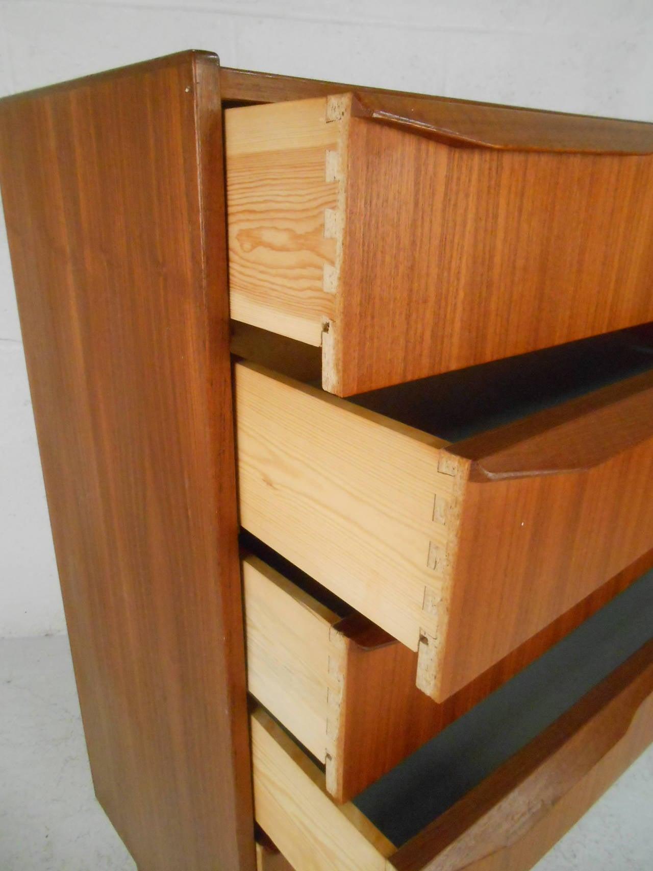 mid century modern six drawer danish teak highboy dresser for sale at 1stdibs. Black Bedroom Furniture Sets. Home Design Ideas