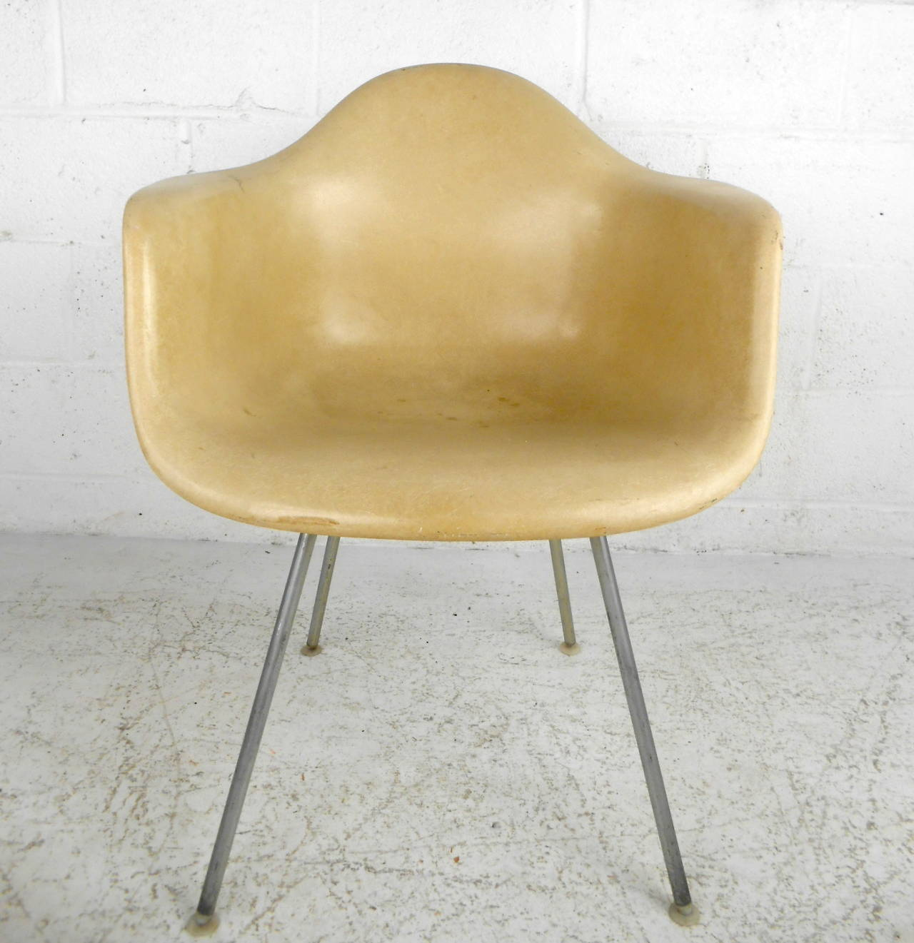 mid century modern fiberglass shell chair by eames for herman miller