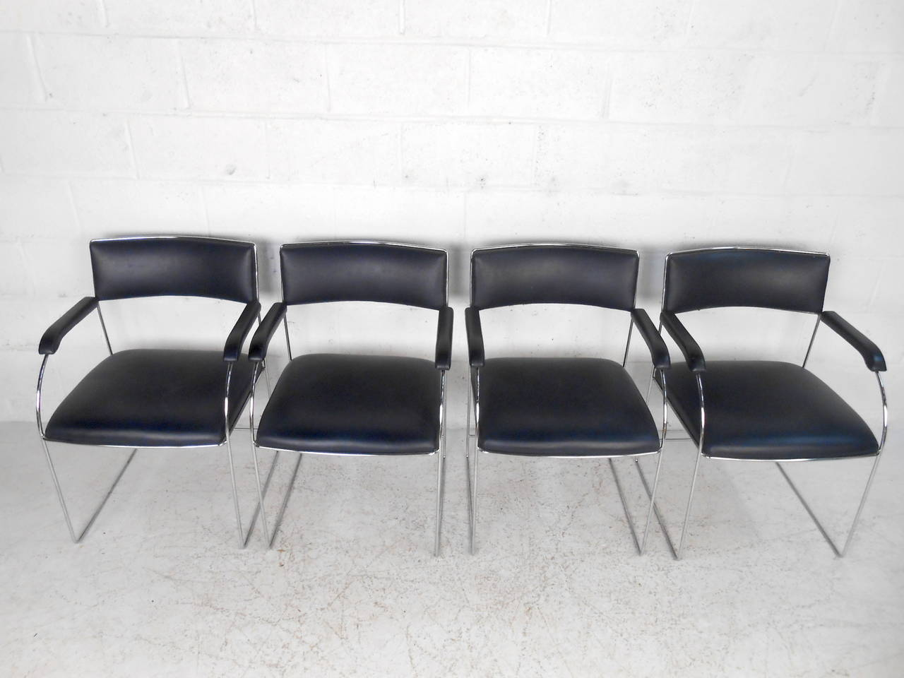 American Set of Four Vintage Modern Dining Armchairs For Sale