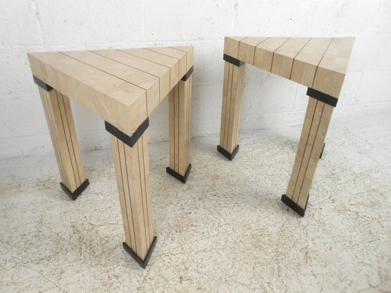 Pair Of Mid Century Modern Maitland Smith Style Triangular End Tables For  Sale 2