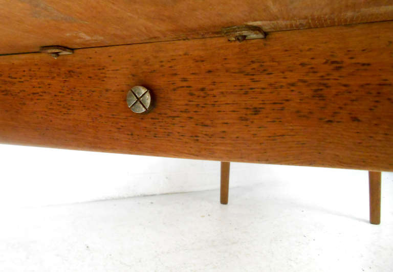 Hans Wegner Coffee Table for Andreas Tuck In Good Condition For Sale In Brooklyn, NY