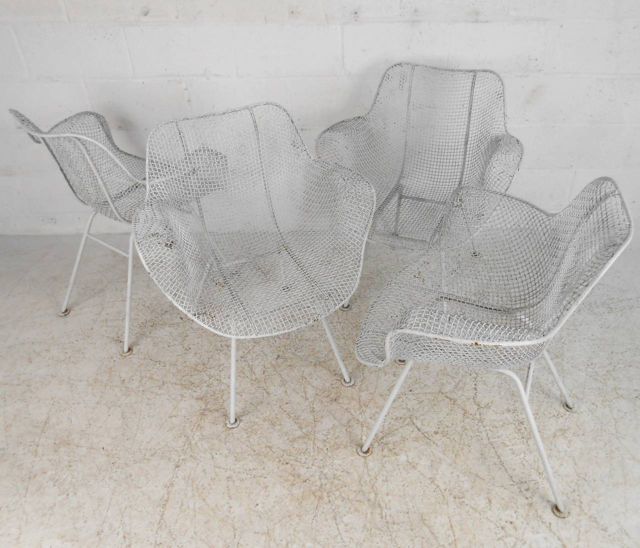 Mid-20th Century Russell Woodard Sculptura Patio Chairs For Sale
