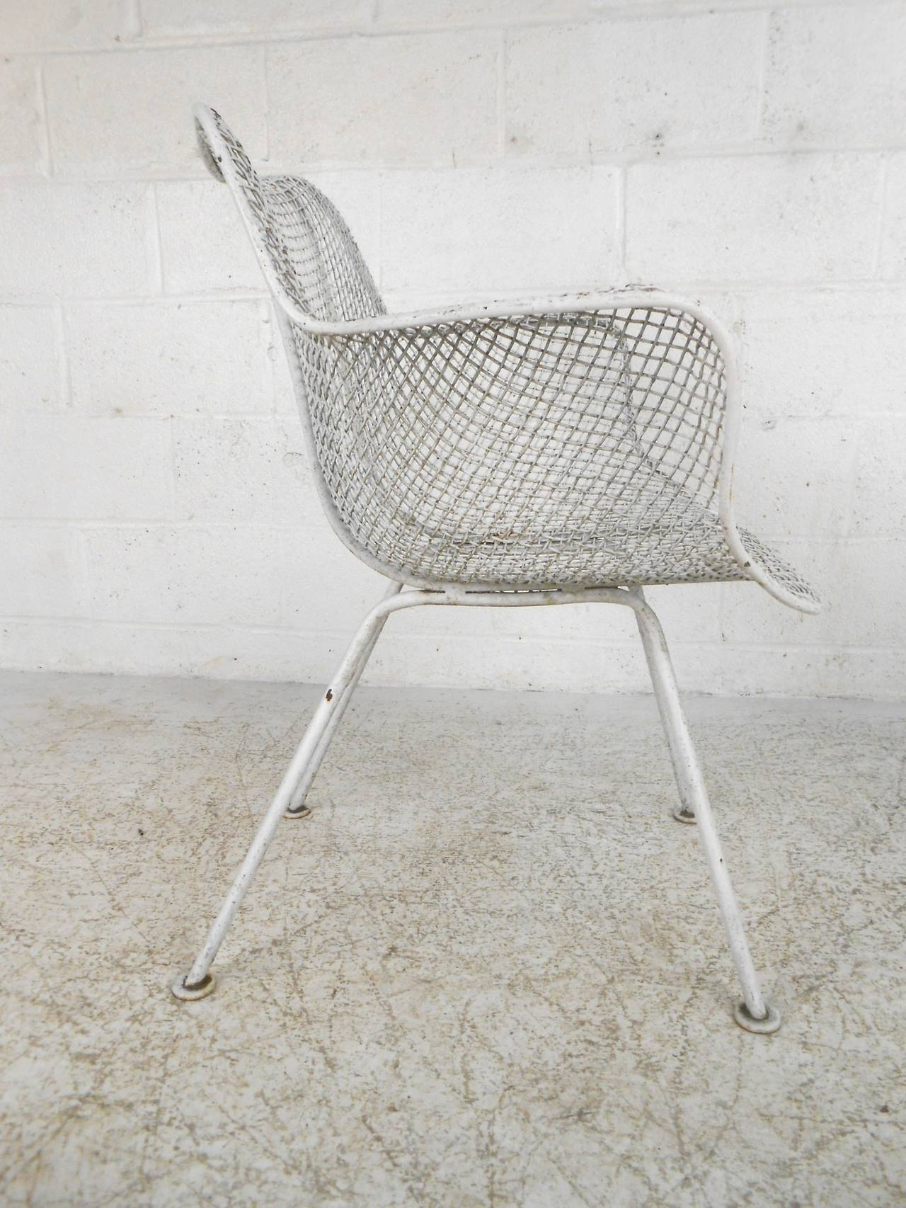Mid-Century Modern Russell Woodard Sculptura Patio Chairs For Sale