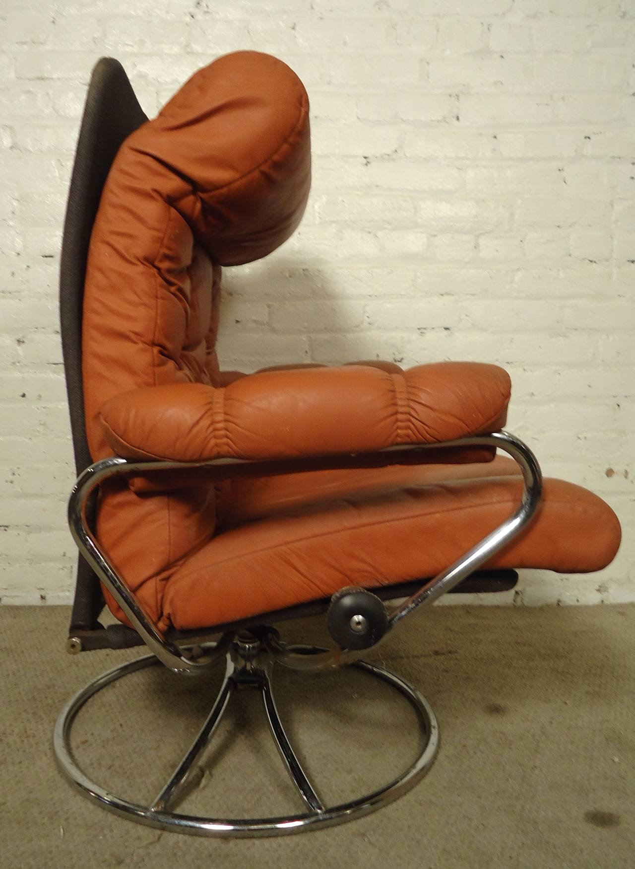 Mid Century Reclining Chair And Ottoman By Ekornes Stressless At 1stdibs
