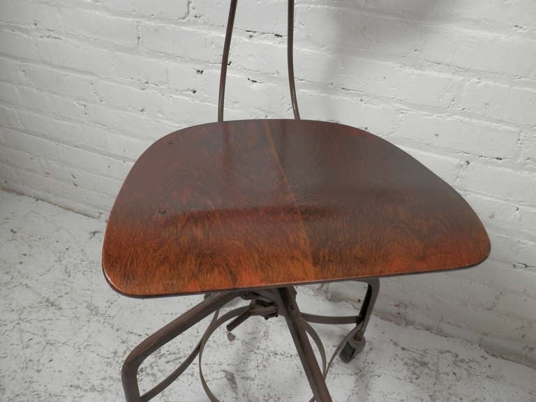 Classic Toledo Bentwood Factory Chair At 1stdibs