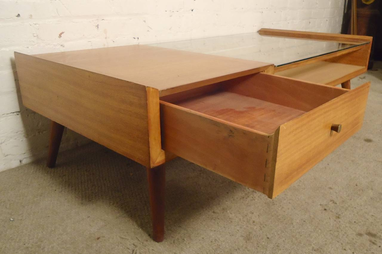Unusual mccobb style coffee table at 1stdibs for Quirky coffee tables