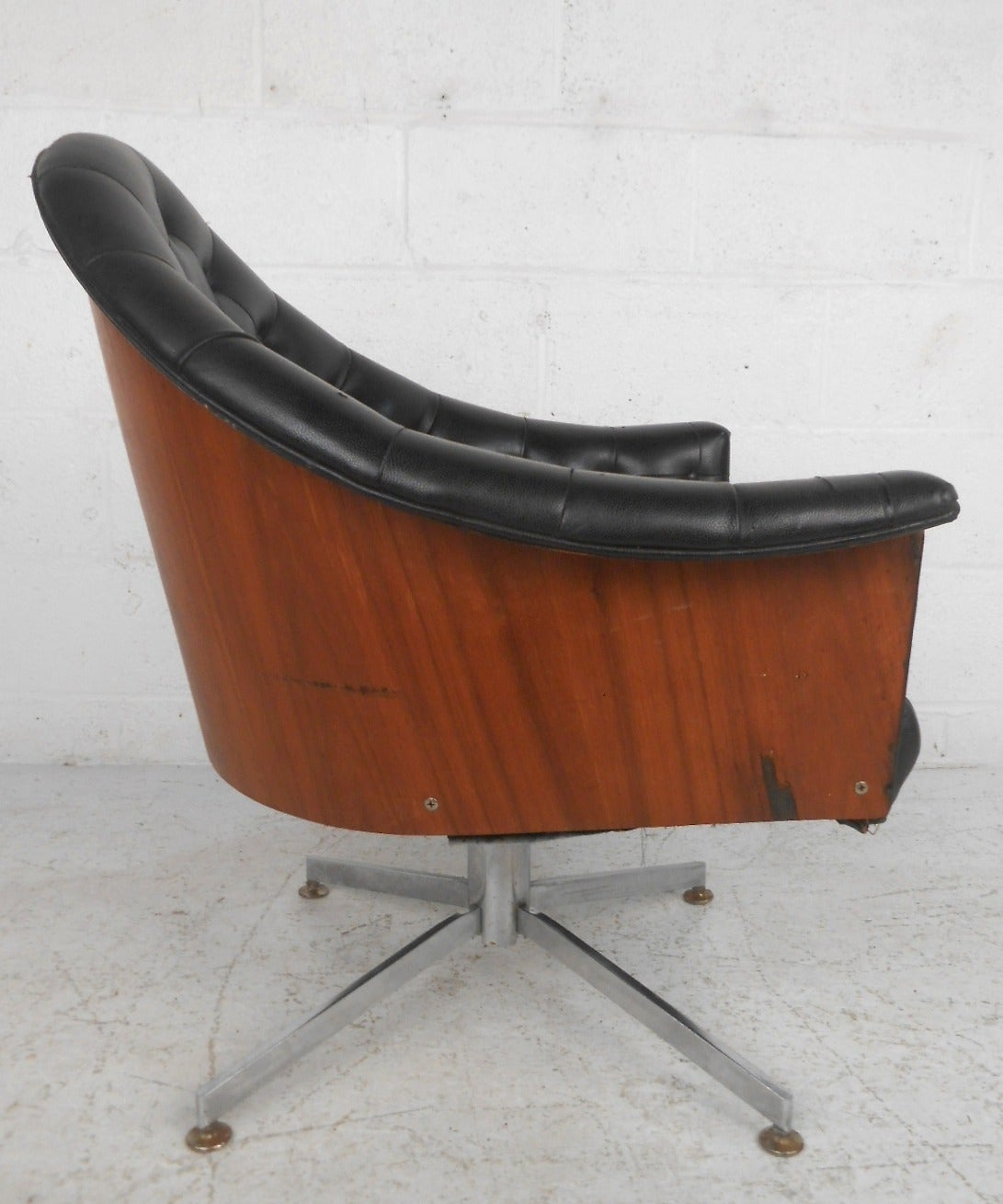 Mid Century Modern Adrian Pearsall Style Tufted Swivel Desk Chair At 1stdibs