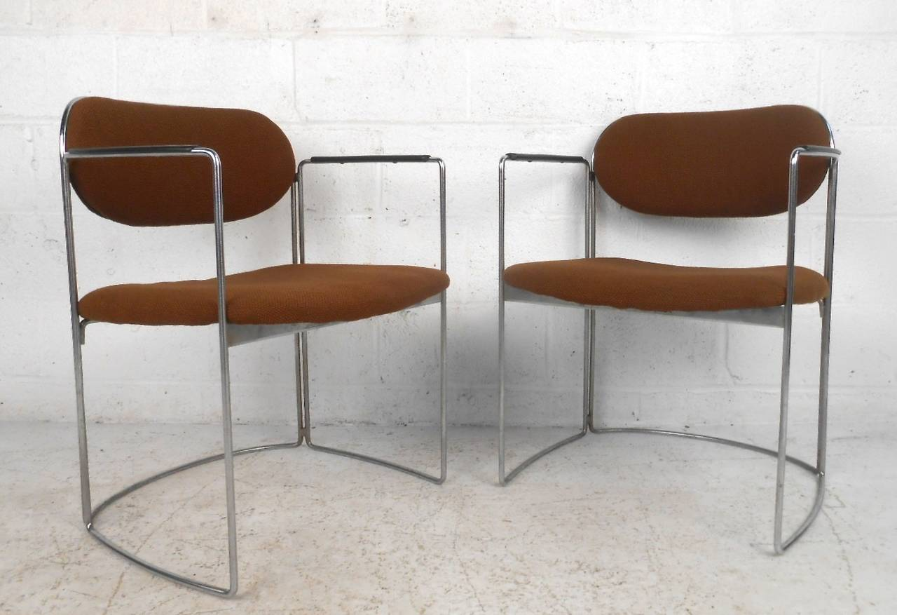 American Set of Seven Vintage Modern Conference or Dining Chairs For Sale