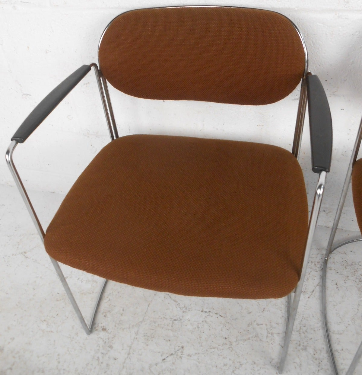 Mid-Century Modern Set of Seven Vintage Modern Conference or Dining Chairs For Sale
