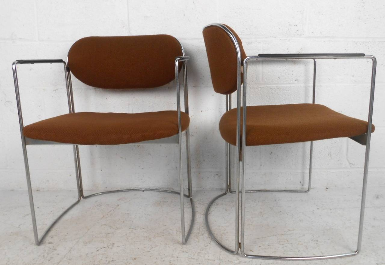 Set of Seven Vintage Modern Conference or Dining Chairs For Sale 1