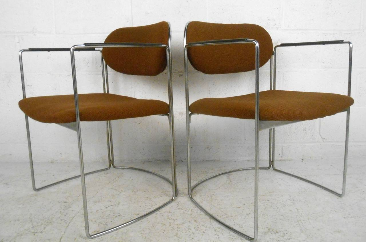 Set of Seven Vintage Modern Conference or Dining Chairs For Sale 2