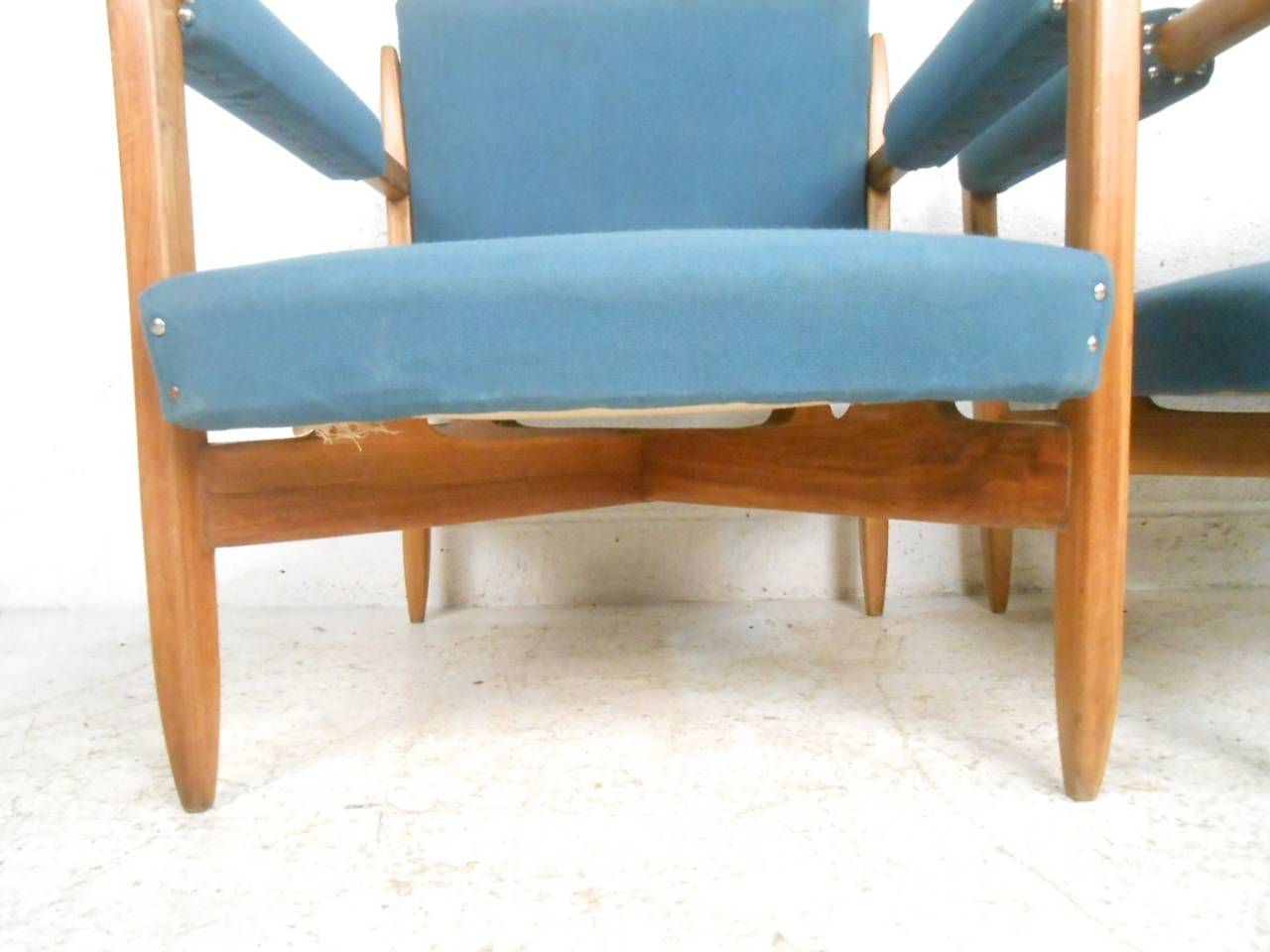 Pair of Vintage Modern Armchairs For Sale 2