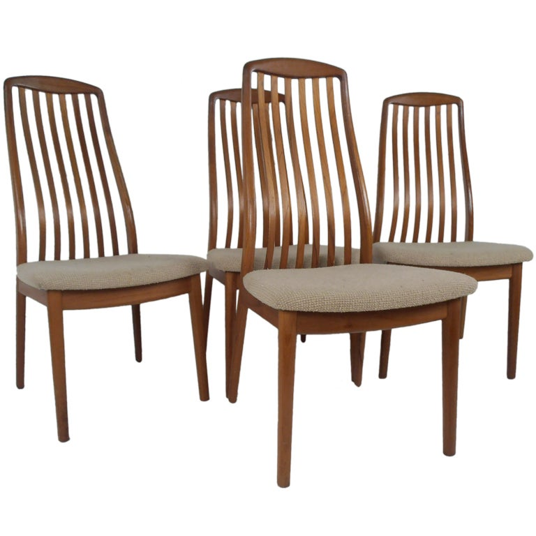Set Of Four Teak Dining Chairs For Sale At 1stdibs