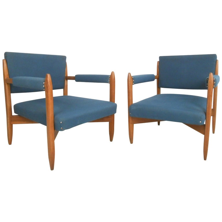 Pair of Vintage Modern Armchairs For Sale