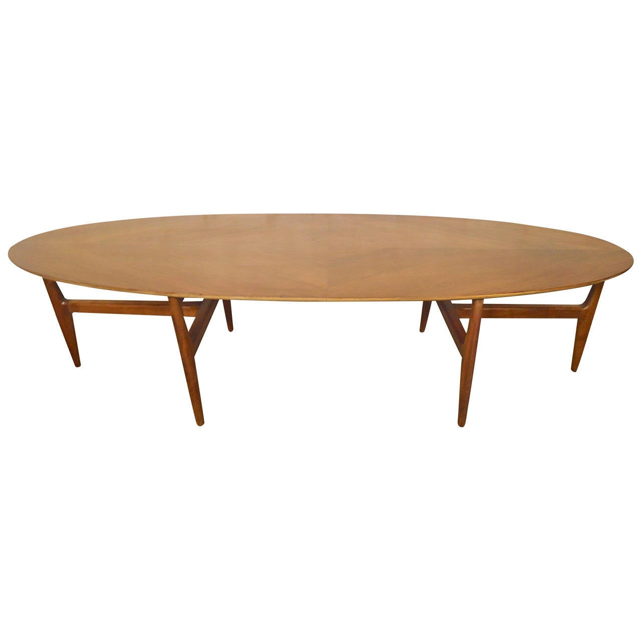 unique oval mid century coffee table at 1stdibs. Black Bedroom Furniture Sets. Home Design Ideas