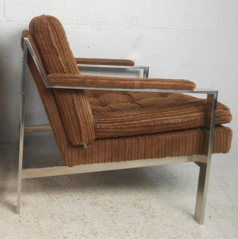 Vintage Modern Chrome Lounge Chairs by Cy Mann In Good Condition For Sale In Brooklyn, NY