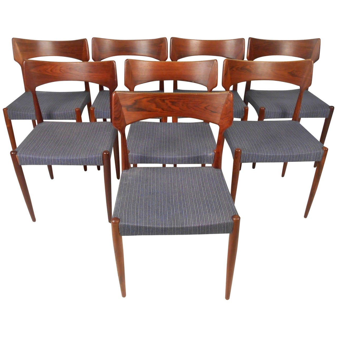 Danish rosewood dining chairs at 1stdibs for Danish dining room chairs