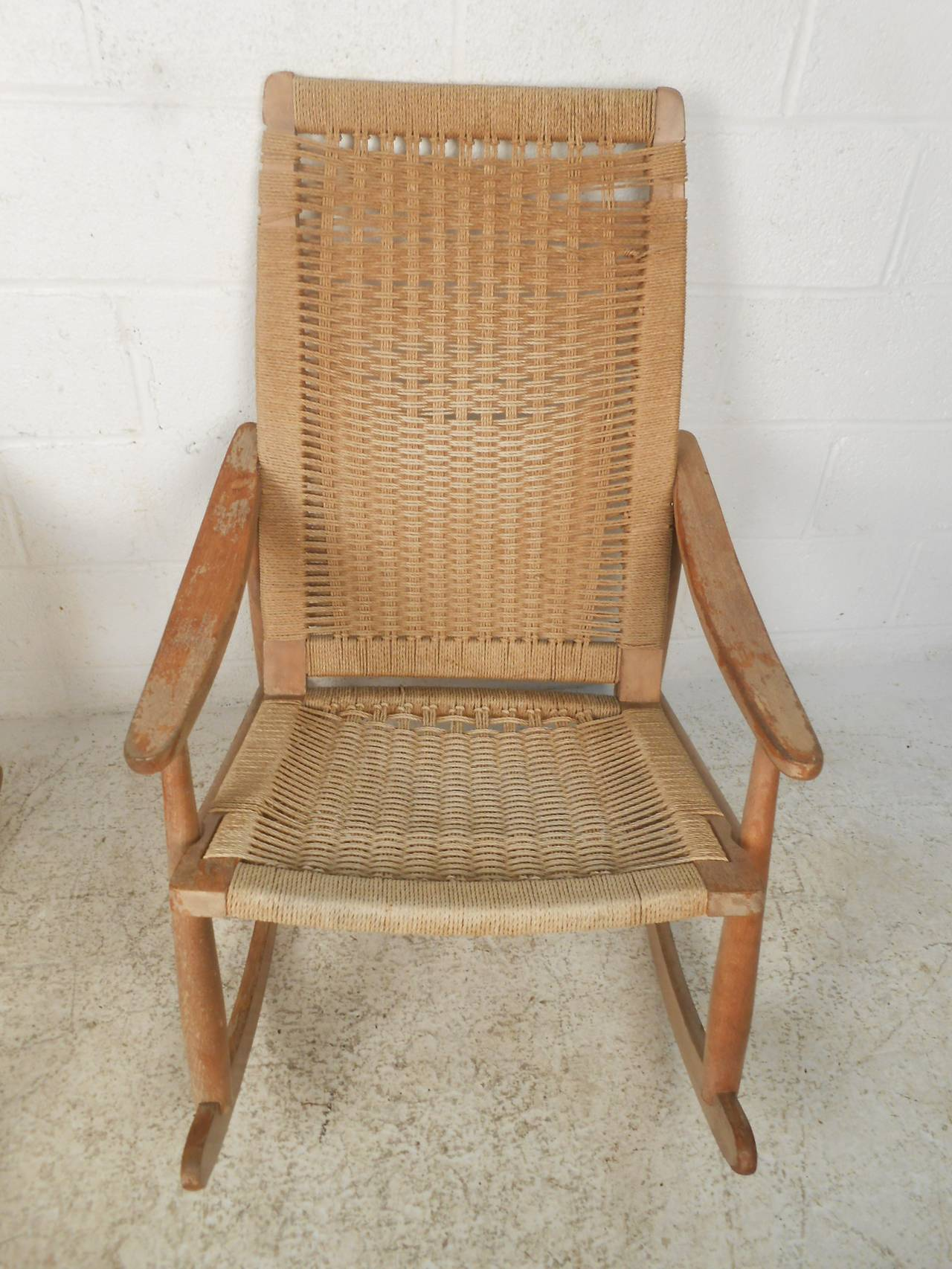 Pair of Vintage Rope Seat Rocking Chairs For Sale 2