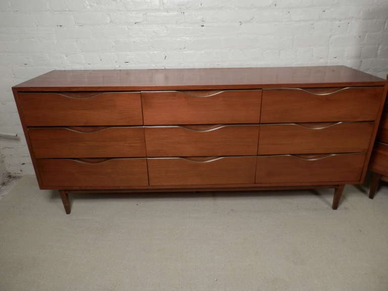 American Of Martinsville Mid Century Modern Bedroom Set At