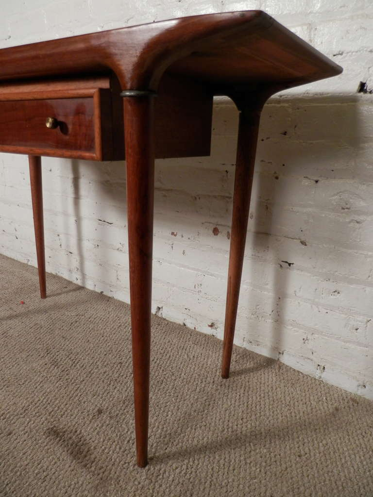 Mid-Century Modern Console Table By Lane at 1stdibs
