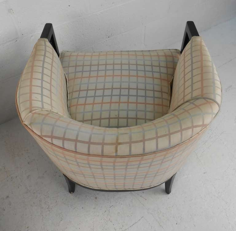 American Pair of Vintage Club Chairs For Sale