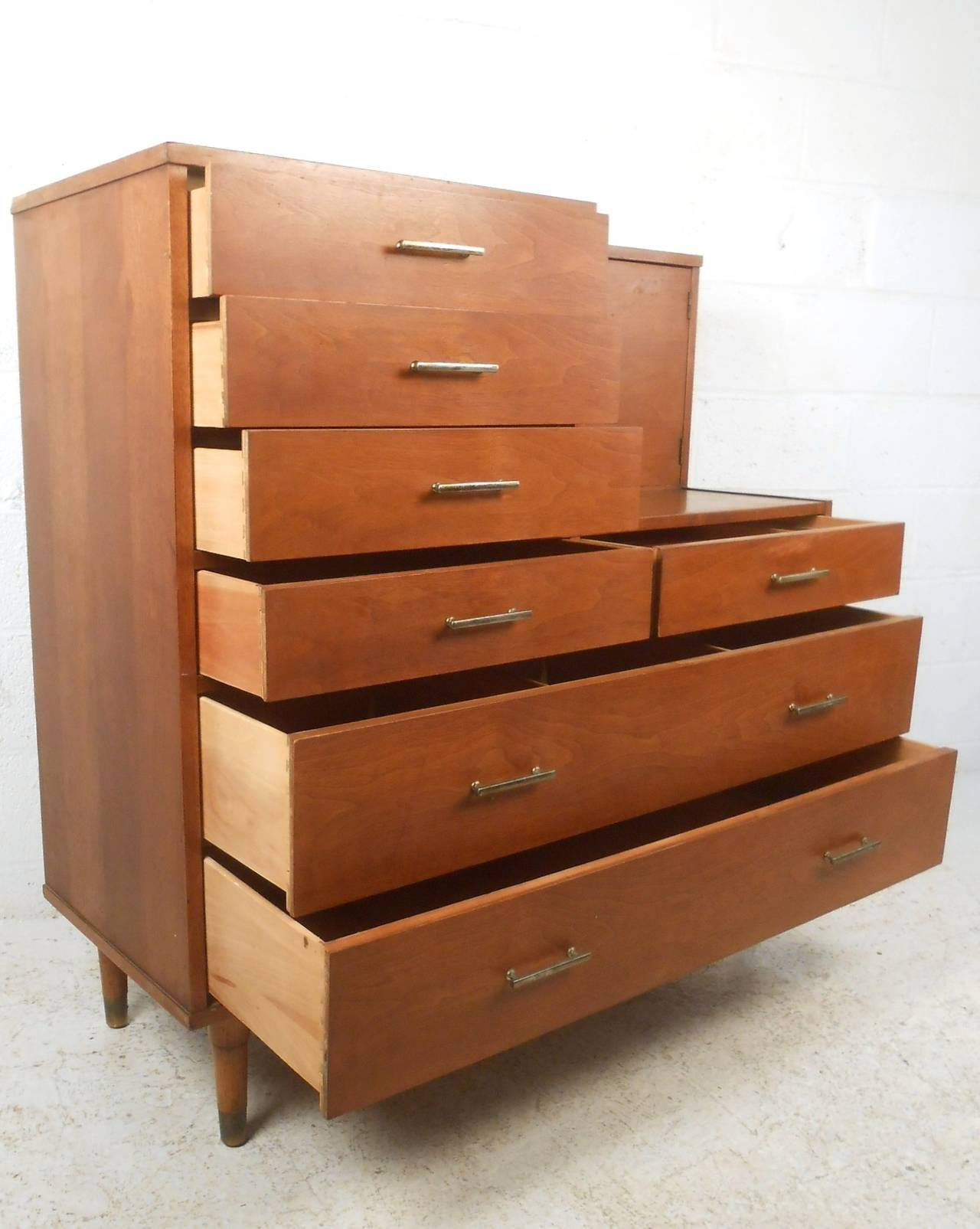 Unique Mid Century Modern Dresser With Vanity By Drexel