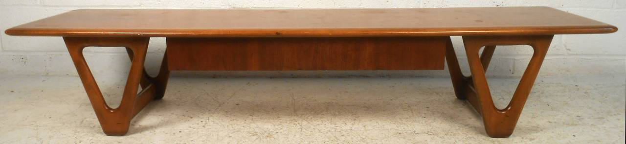 Vintage Walnut Coffee Table by Lane For Sale 2