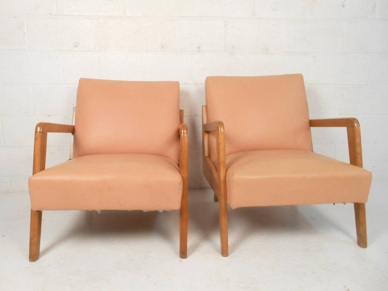 Mid century modern sculpted armchairs for sale at 1stdibs for Mid century modern armchairs