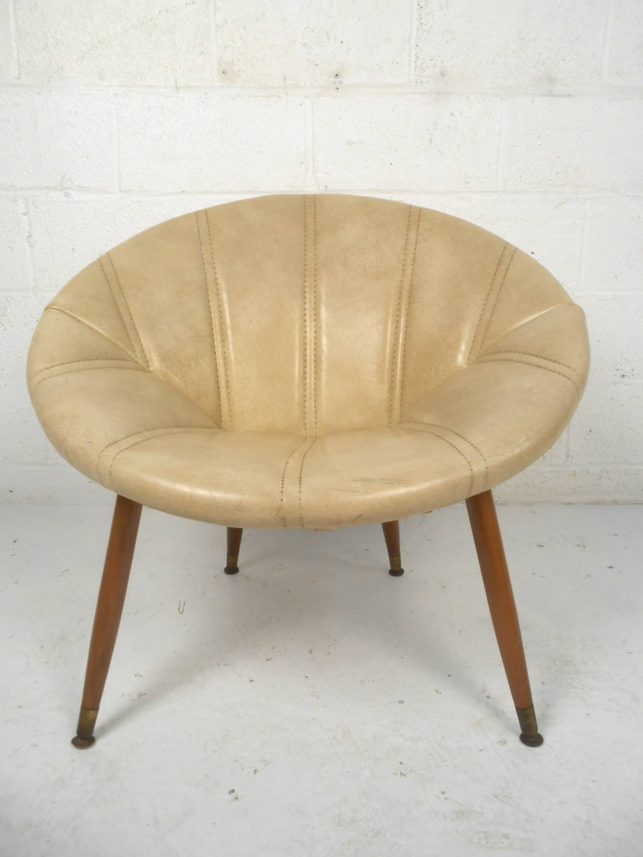 Mid century modern round midcentury saucer chair for sale