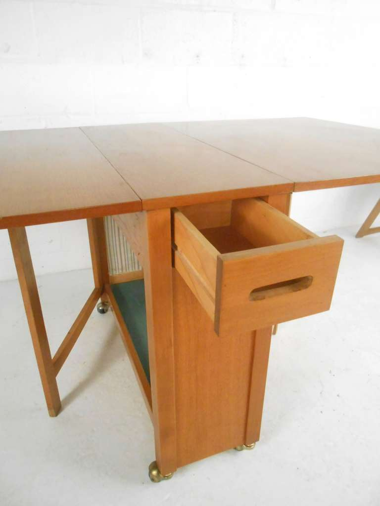 Danish Mid-Century Modern Drop Leaf Table And Chairs Set