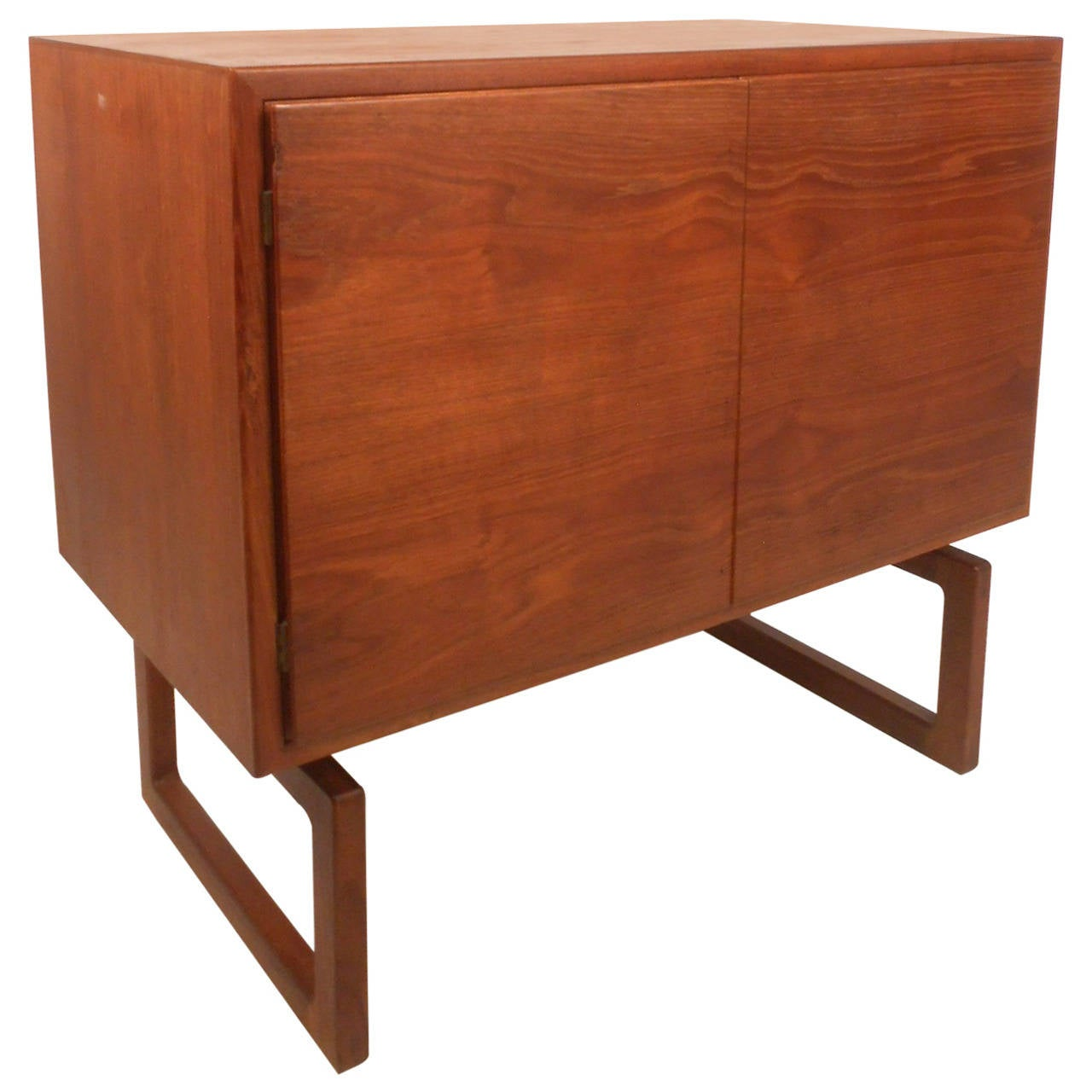 Stylish mid century modern danish teak cabinet at 1stdibs for Modern teak kitchen cabinets