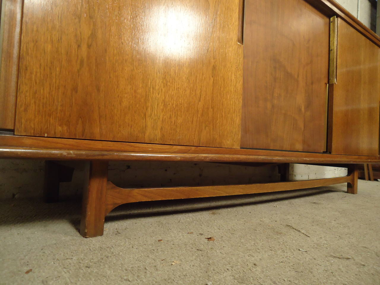 Midcentury Credenza by Cavalier with Hidden Drawers In Good Condition For Sale In Brooklyn, NY