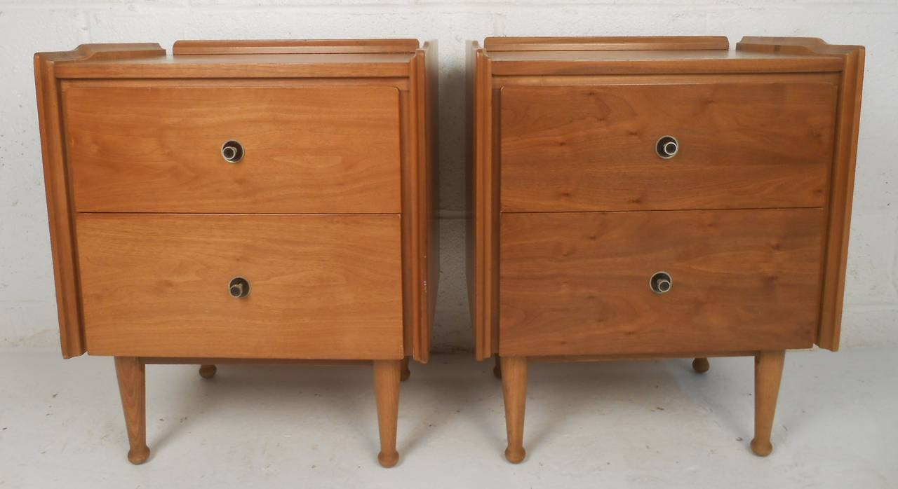 Popular 183 list mid century nightstand for Modern nightstands for sale