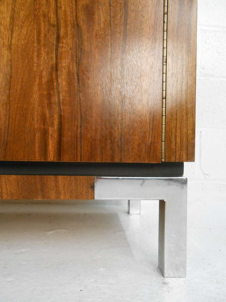 Late 20th Century Vintage Modern Rosewood Credenza For Sale