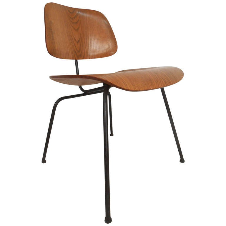 Charles Eames Mid Century Modern Molded Plywood Chair For Herman Miller 1