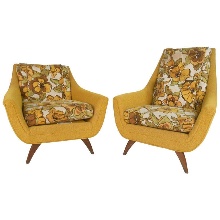 Pair Of Mid Century Modern Lounge Chairs By Bassett Furniture 1
