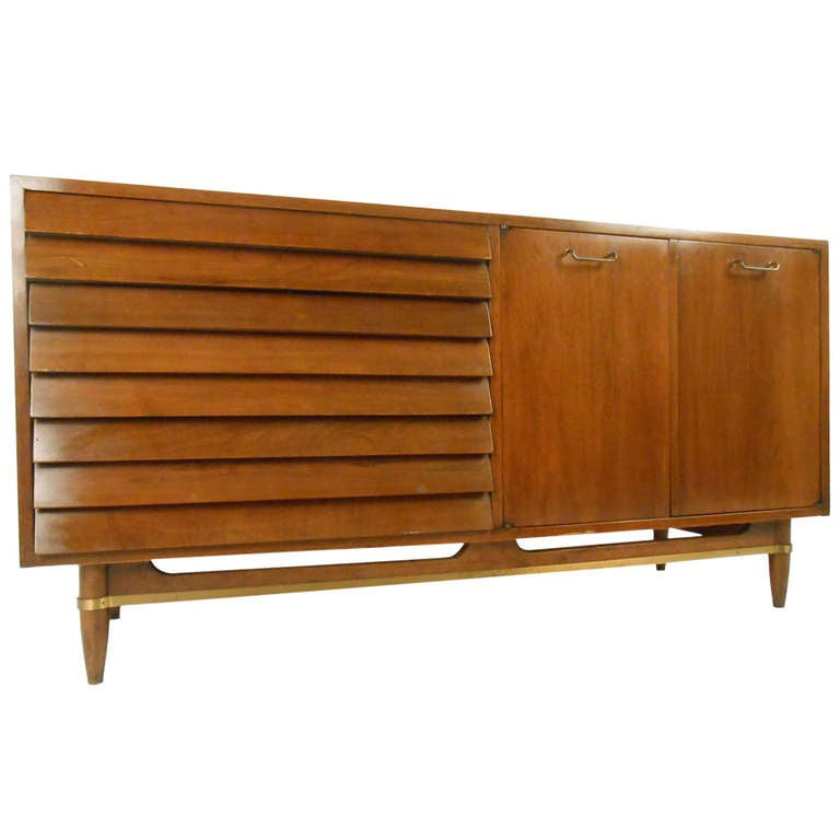 Mid century modern american of martinsville credenza at for Mid century american furniture